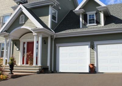 Porte de garage et d'ouvre porte de garage a Quebec | Longpre inc.